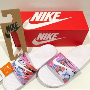 Nike Women's Benassi Floral slides